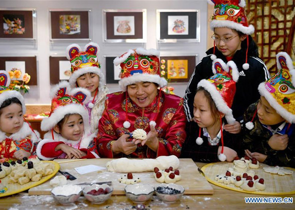Spring Festival Folk Art Activity Held in Xi'an, NW China'